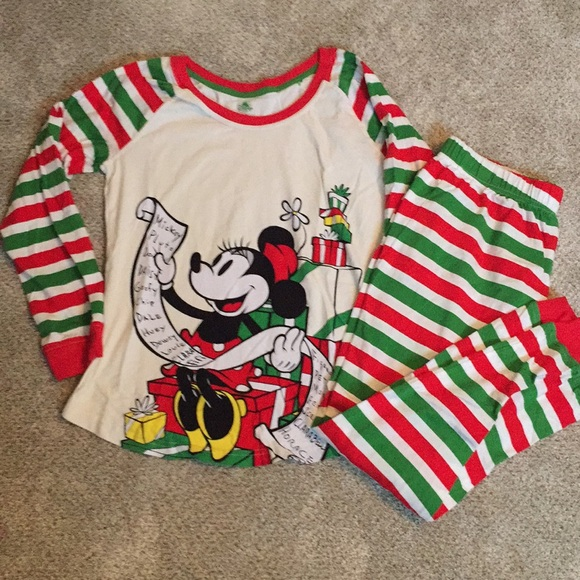 disney christmas pajamas nwot